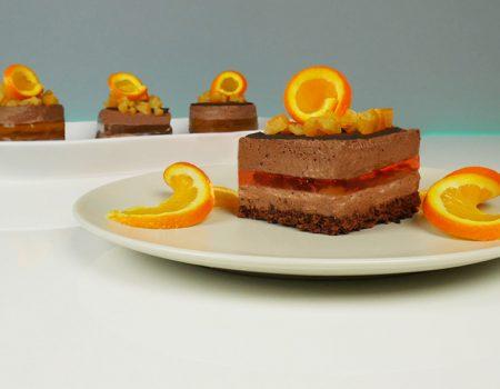 Πάστα με μους σοκολάτας και ζελέ πορτοκάλι